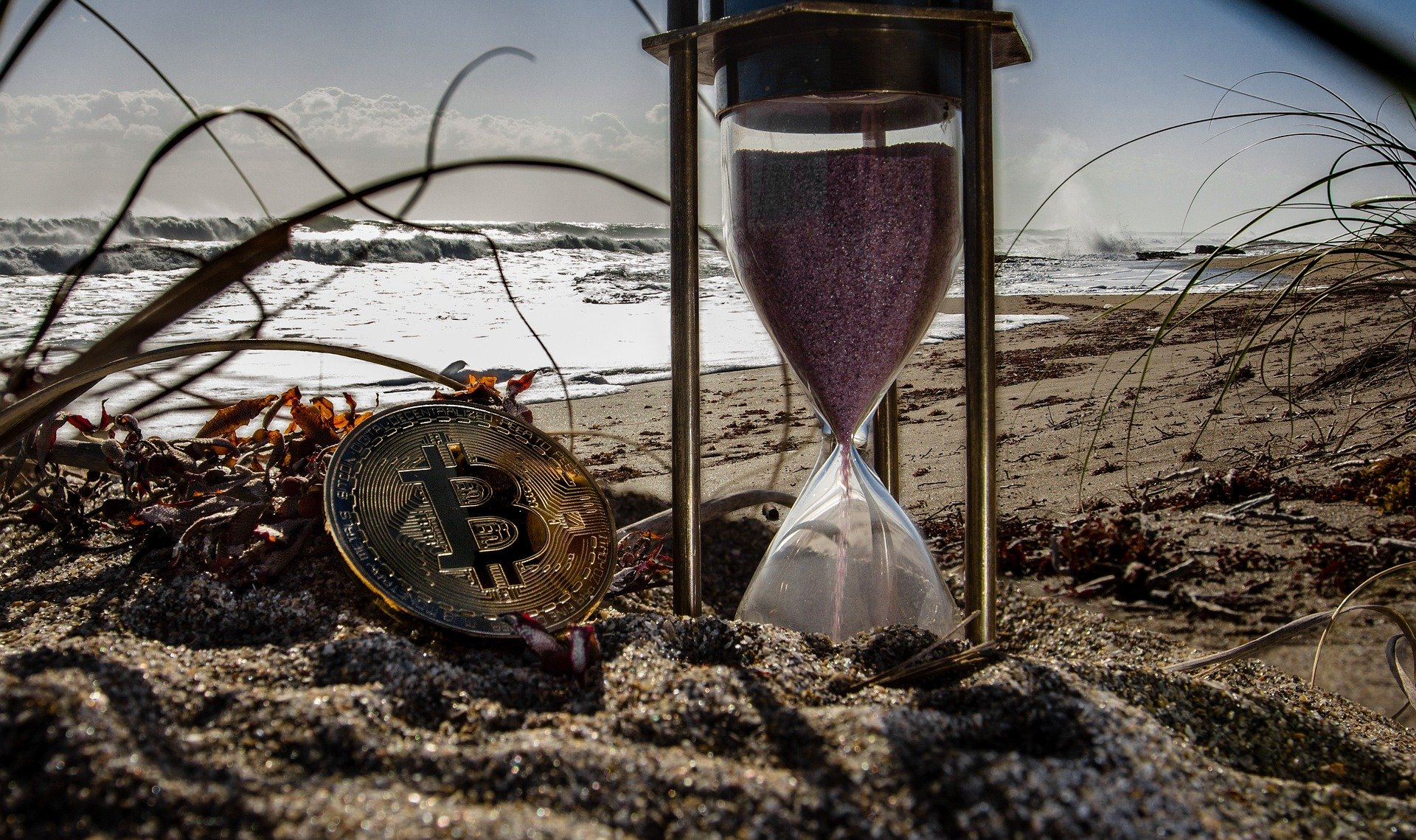 仮想通貨と砂時計