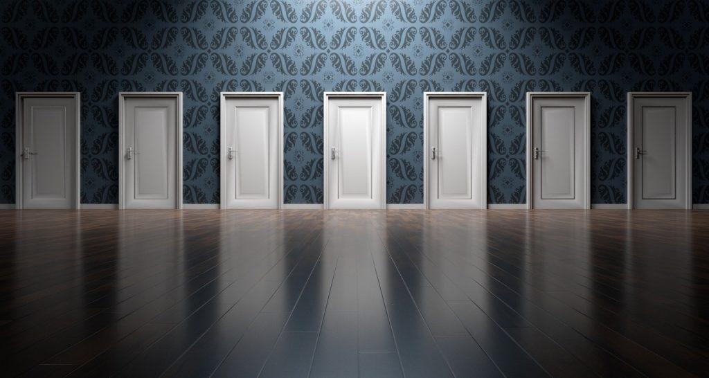 選択肢のドア